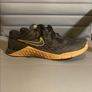 Nike Metcon 3 Black and Gum